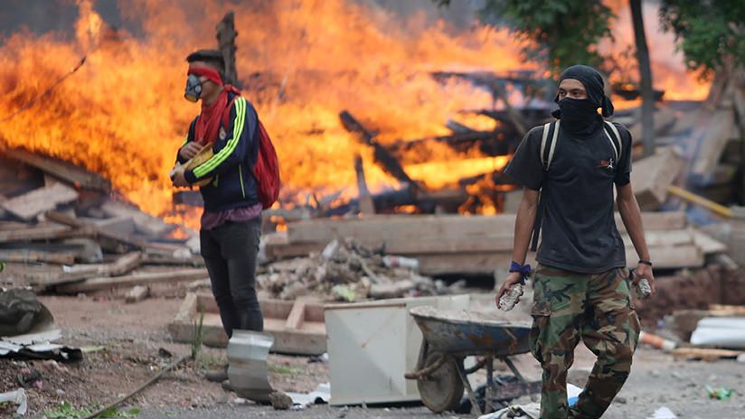 Pánico social: Las redes se hacen eco de la incertidumbre política en Honduras (FOTOS)