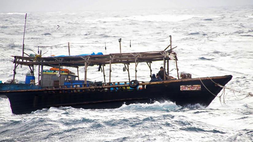 Embarcación con 10 tripulantes que llegó a una isla de Japón podría ser del Ejército norcoreano