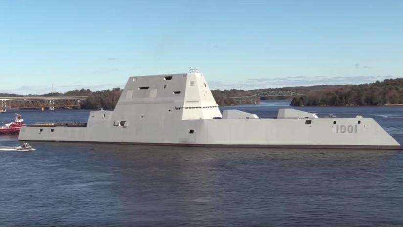 VIDEO: La Armada de EE.UU. bota su segundo destructor del futuro