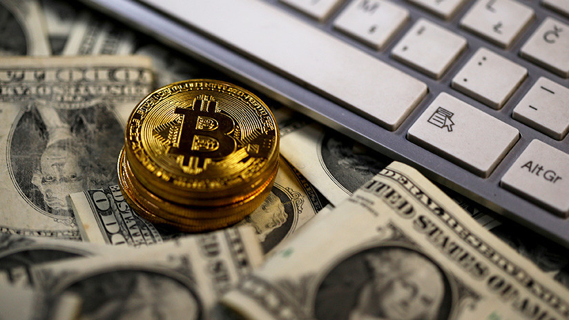 El bitcóin gana 4.000 dólares de un día para otro y sobrepasa los 18.000