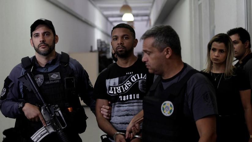 """""""Hubo euforia"""": Investigarán a agentes por sonreír en fotos con un narcotraficante"""