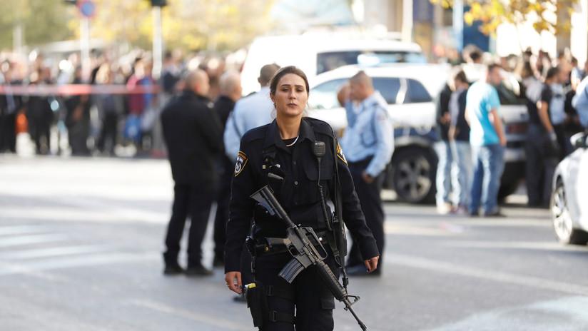 Apuñalan a un guardia de seguridad israelí en Jerusalén (VIDEO)
