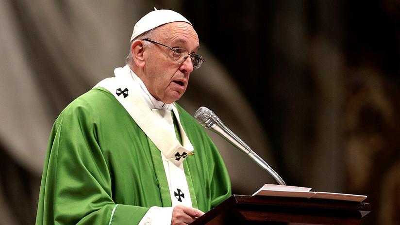 El papa Francisco llama a construir un mundo libre de armas nucleares