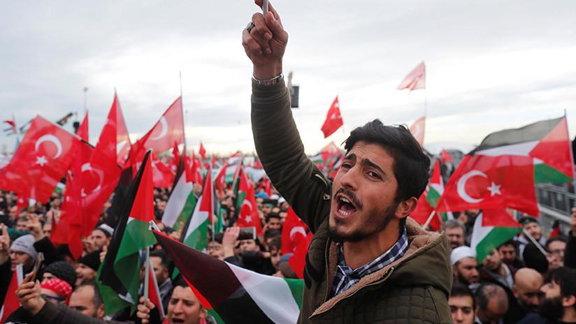 """Erdogan llama a Israel """"Estado terrorista"""" que """"mata a niños"""""""