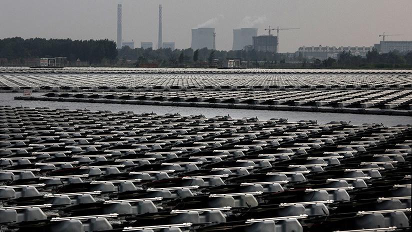 China avanza con la construcción de la planta de energía solar flotante más grande del mundo (VIDEO)