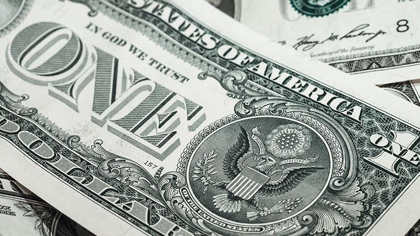 """Economista estadounidense: El dólar tiene """"los días contados"""" como moneda mundial"""