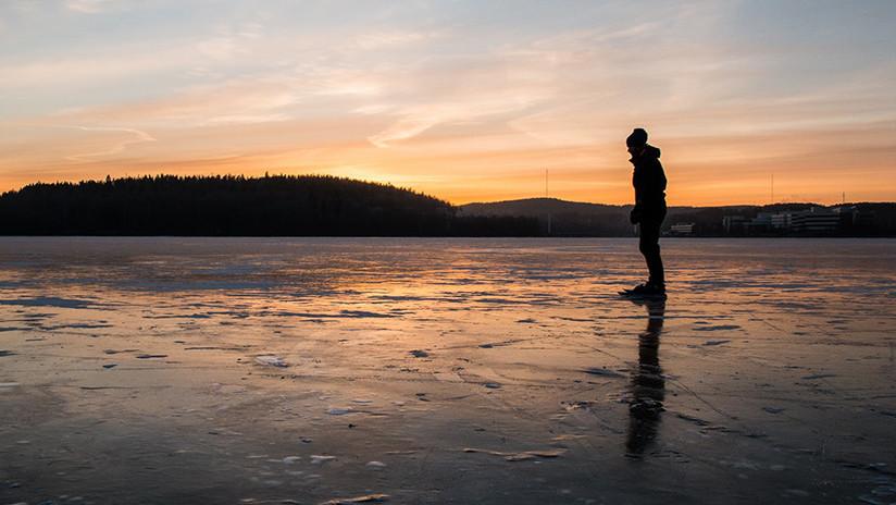 """VIDEO: Una mujer capta """"sonidos extraterrestres"""" en un lago de Siberia"""