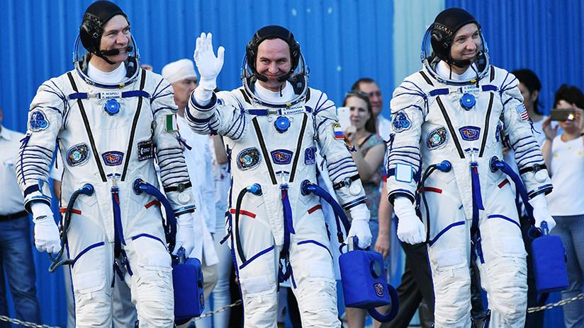 Tres tripulantes de la EEI regresan a la Tierra