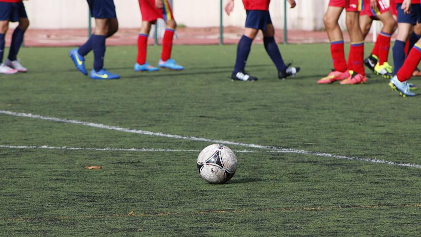 Prisión sin fianza para tres futbolistas acusados de abusar de una menor en España