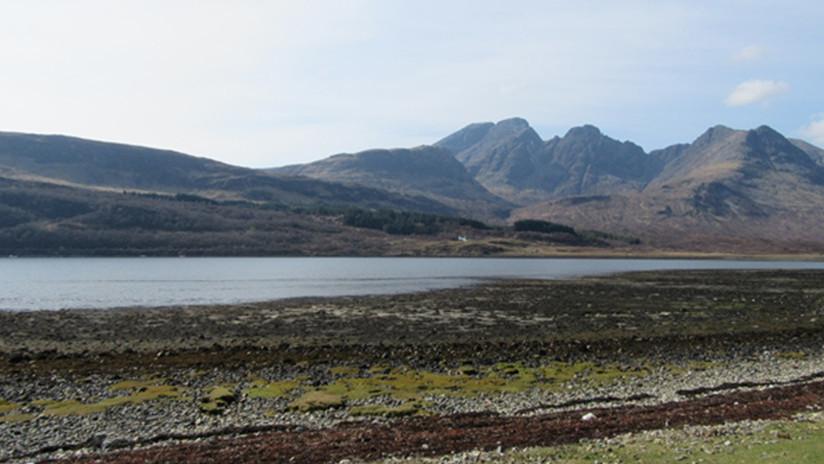 Descubren en una isla de Escocia algo que no pertenece a la Tierra