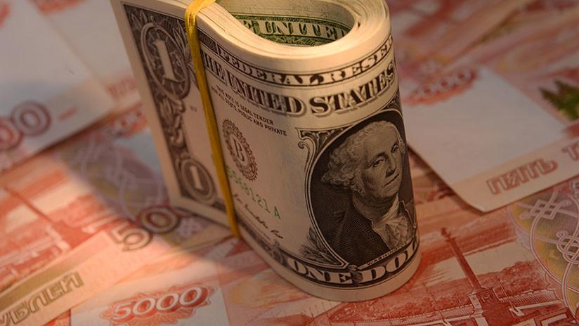 ¿Por qué el dólar es la moneda más sobrevalorada del mundo?