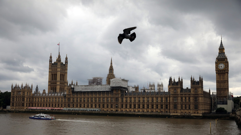Expertos españoles no logran aportar pruebas de injerencia rusa ante el parlamento británico