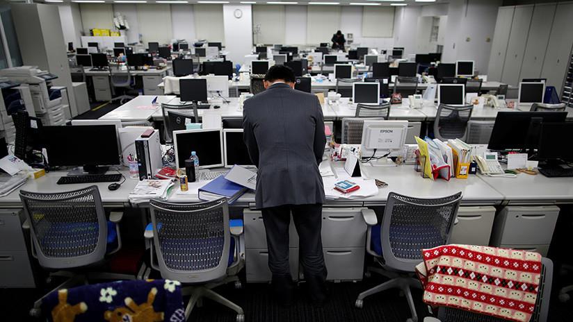 Matan con inyección de aire comprimido en el ano a un colega de trabajo en Japón (recreación)