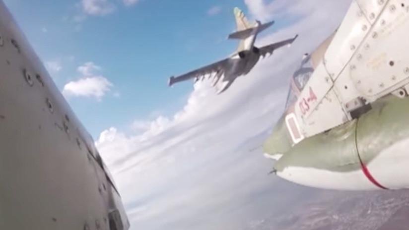Un simulacro de combate aéreo visto desde el ala de un Sukhoi Su-25 (VIDEO)