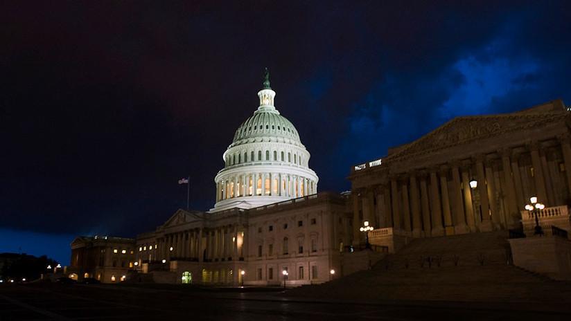 El Congreso de EE.UU. evita el cierre del Gobierno al aprobar una ley de financiamiento temporal