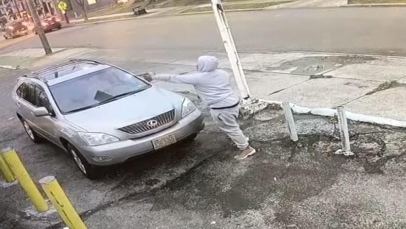VIDEO: Brutal tiroteo en una gasolinera de EE.UU. como en una película de gángsteres