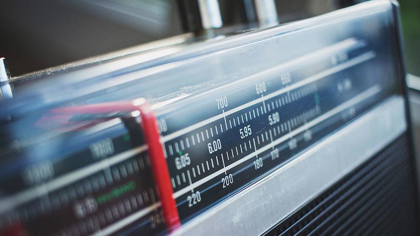 Rap y gritos nacionalistas: ¿'Hackeada' una misteriosa radio rusa?