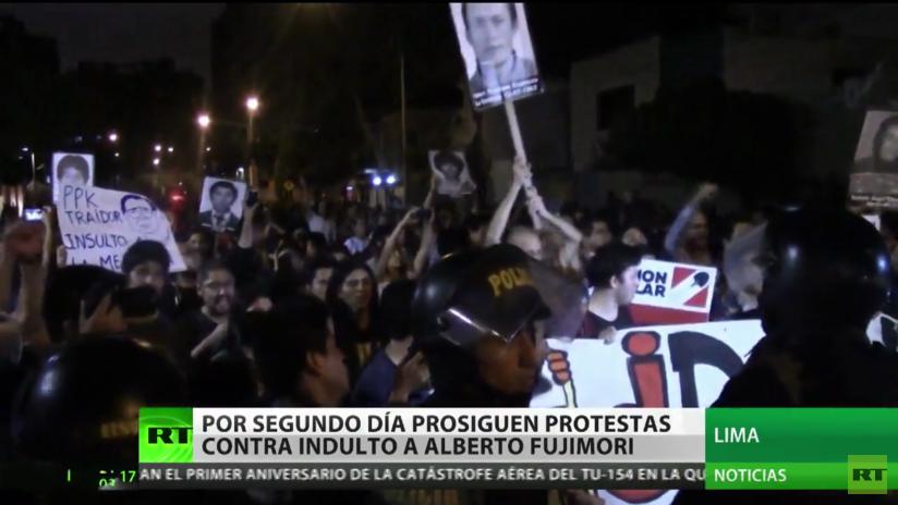 Segundo día de protestas en Perú contra el indulto al expresidente Fujimori