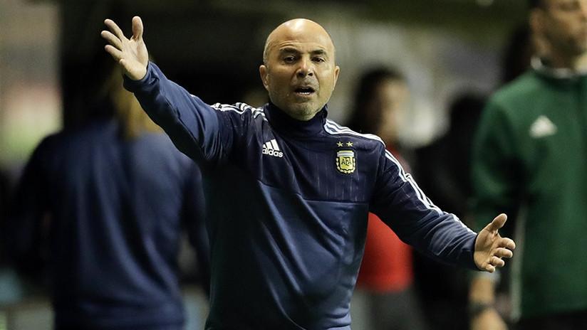 """El técnico de la selección argentina insulta ebrio a un policía: """"Ganás 100 pesos por mes"""""""