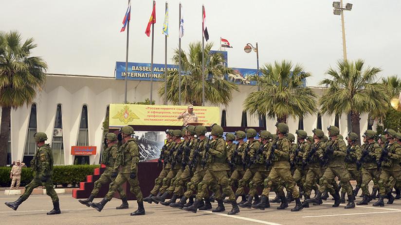 Rusia inicia la formación de una agrupación militar permanente en dos bases situadas en Siria