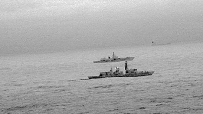 FOTO: La Marina británica sigue a una fragata de misiles rusa en el Mar del Norte