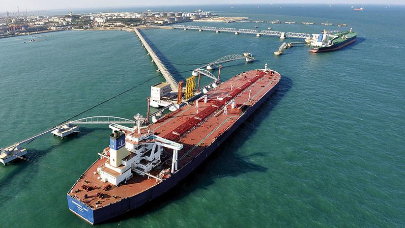 Los satélites de EE.UU. detectan buques chinos vendiendo en secreto petróleo a naves norcoreanas