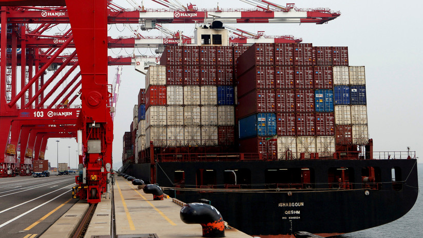Corea del Sur retiene un buque de Hong Kong que vendía petróleo a Corea del Norte