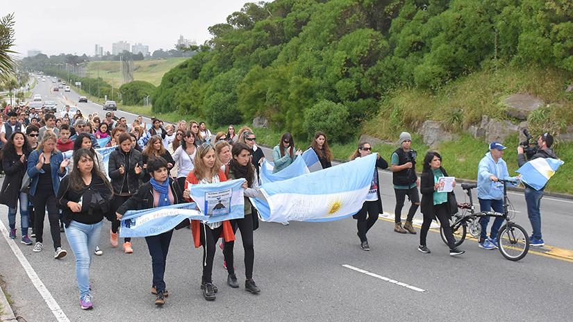 Ara San Juan, el ahora olvidado submarino Argentino desaparecido con 44 tripulantes a bordo - Página 4 5a33b0e208f3d92b118b4567