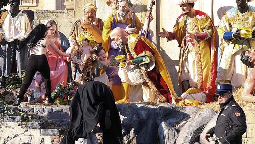 Semidesnuda, intentó robar un Niño Jesús en el Vaticano