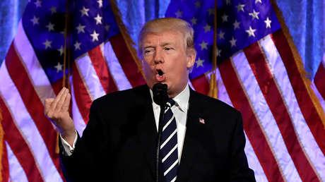 Donald Trump pronuncia un discurso durante un acto recaudatorio en Nueva York, el 2 de diciembre de 2017.