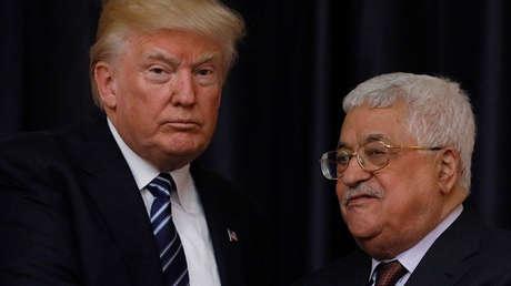 El presidente de EE.UU., Donald Trump, y el presidente palestino, Mahmud Abbás.