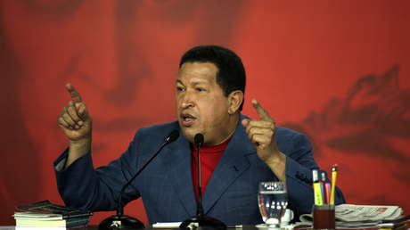 Presidente Hugo Chávez en conferencia de prensa en el Palacio de Miraflores, en Caracas, 30 de agosto de 2009.