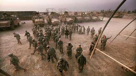 Soldados estadounidenses en una base militar situada cerca de la ciudad iraquí de Nasiriya el 16 de diciembre de 2011.