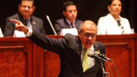 Jorge Glas se dirige a la Asamblea Nacional en Quito, Ecuador, el 21 de junio de 2017.