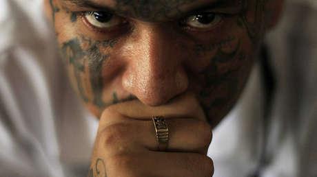 Walter Geovani Salguero, miembro de la MS-13, en una cárcel de Sonsonate, El Salvador, el 8 de febrero de 2013.