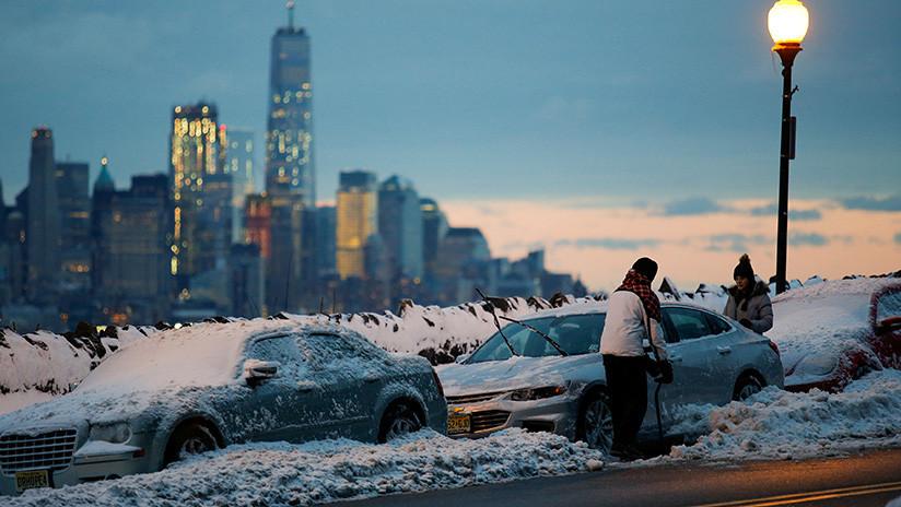 EE.UU.: Al menos un muerto en enorme choque múltiple bajo tormenta de nieve (FOTOS y VIDEO)