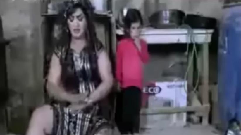 Encarcelan a una cantante de Egipto por un videoclip 'picante'