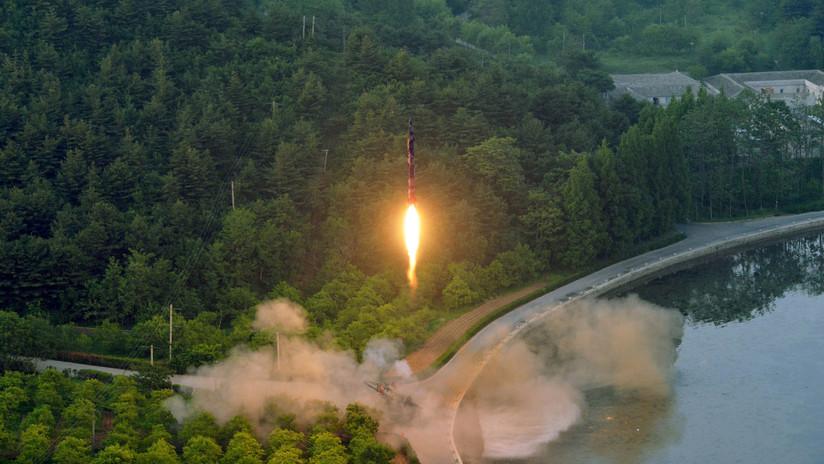 Revelan que un misil balístico lanzado por Pionyang cayó sobre una ciudad norcoreana (FOTO)