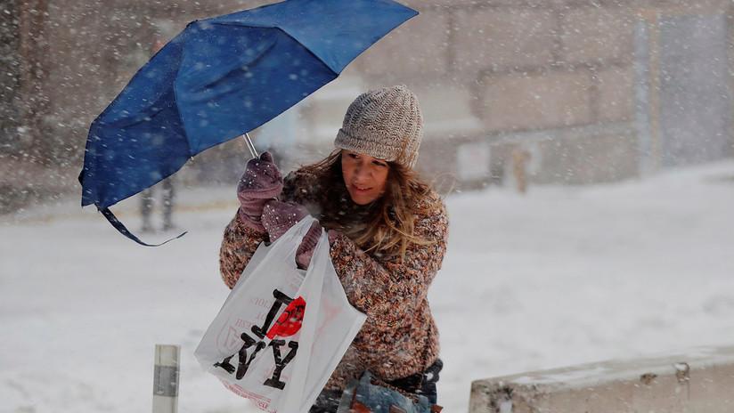 Ciclón bomba: Nueva York se paraliza por una gran tormenta de nieve y frío polar
