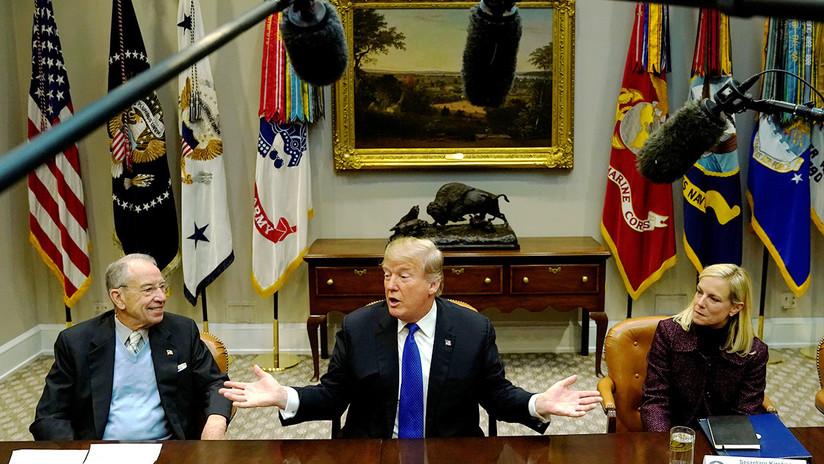 """""""EE.UU. pierde catastróficamente su influencia"""" mientras Trump se adjudica éxitos internacionales"""