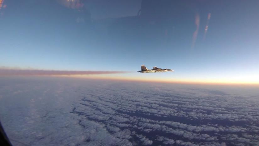 Moscú detalla el acercamiento de aviones rusos Su-30 y F-15 estadounidenses sobre el Báltico (VIDEO)