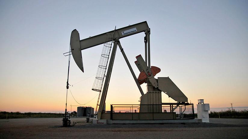 Los cinco factores que pueden desbaratar los pronósticos del petróleo en 2018