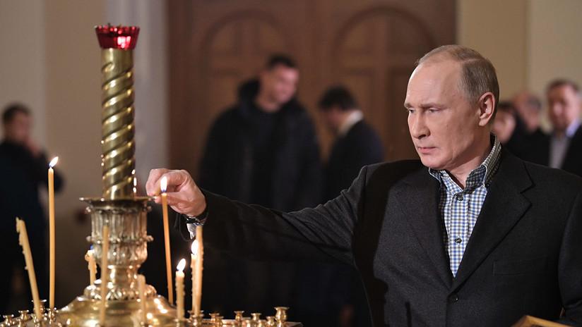El presidente Putin recibe la Navidad en la iglesia donde bautizaron a su padre