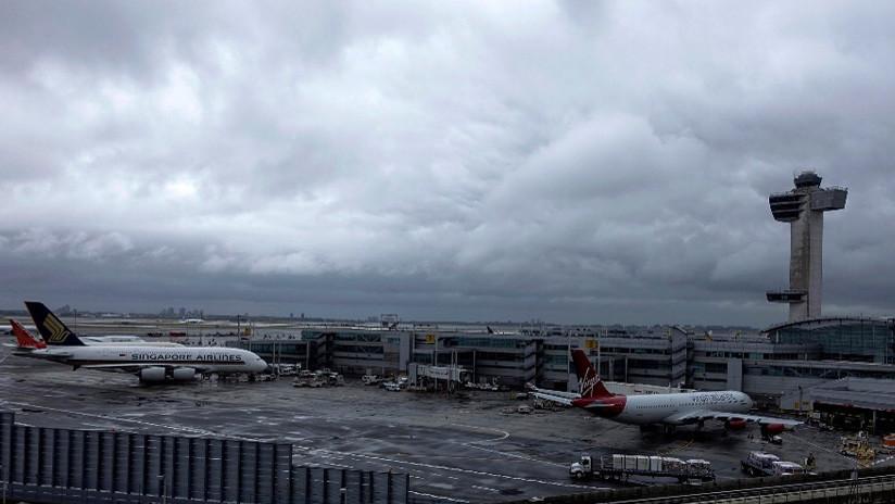 VIDEOS: La rotura de una tubería causa (aún más) caos en un aeropuerto de Nueva York