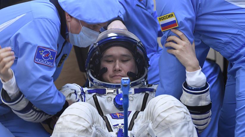Un astronauta japonés asegura haber crecido 9 centímetros después de tres semanas en la EEI