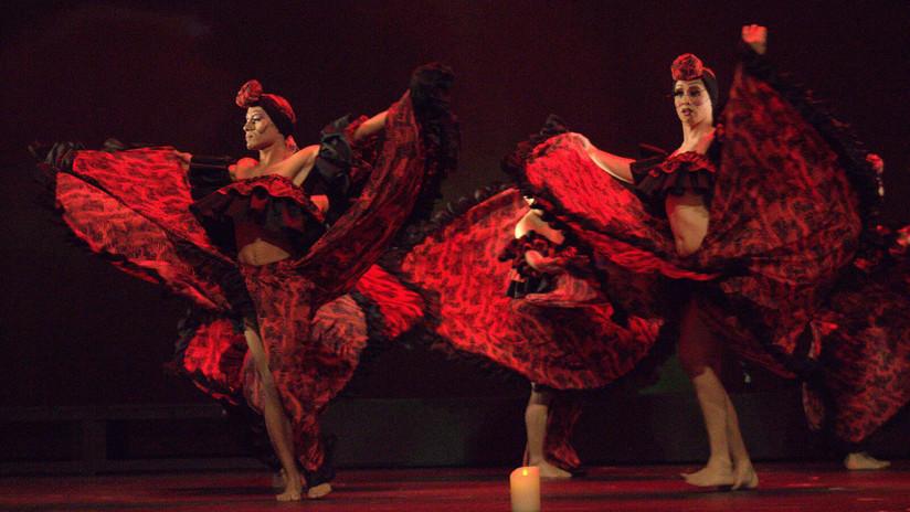Los hombres que bailan con faldas: ¿Quiénes son los herederos del 'efecto Juan Gabriel'?