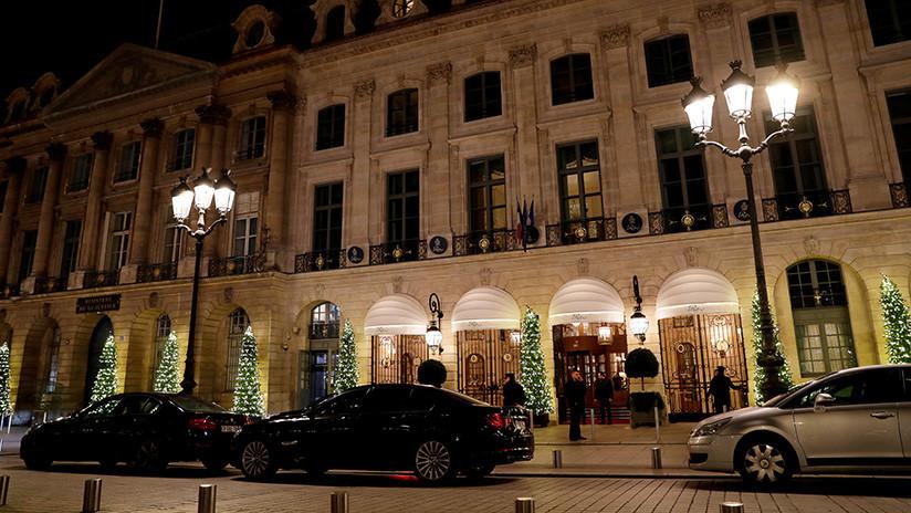 FOTOS, VIDEO: Roban joyas por 5 millones de dólares en un lujoso hotel parisino y se dan a la fuga