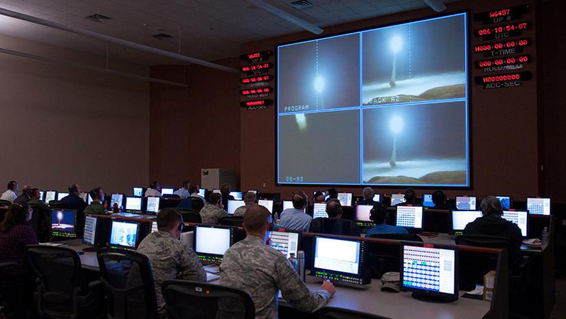 En medio de tensiones a nivel mundial, un ciberataque podría activar el botón nuclear