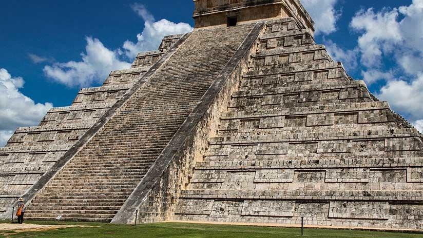 Monumental 'lavado de cara' al pasado de México