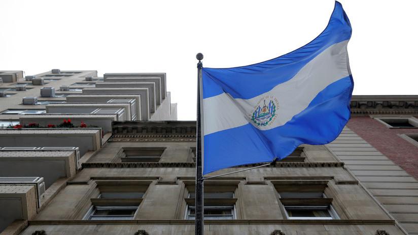 El Salvador manda una nota de protesta a EE.UU. por el comentario de Trump sobre los inmigrantes